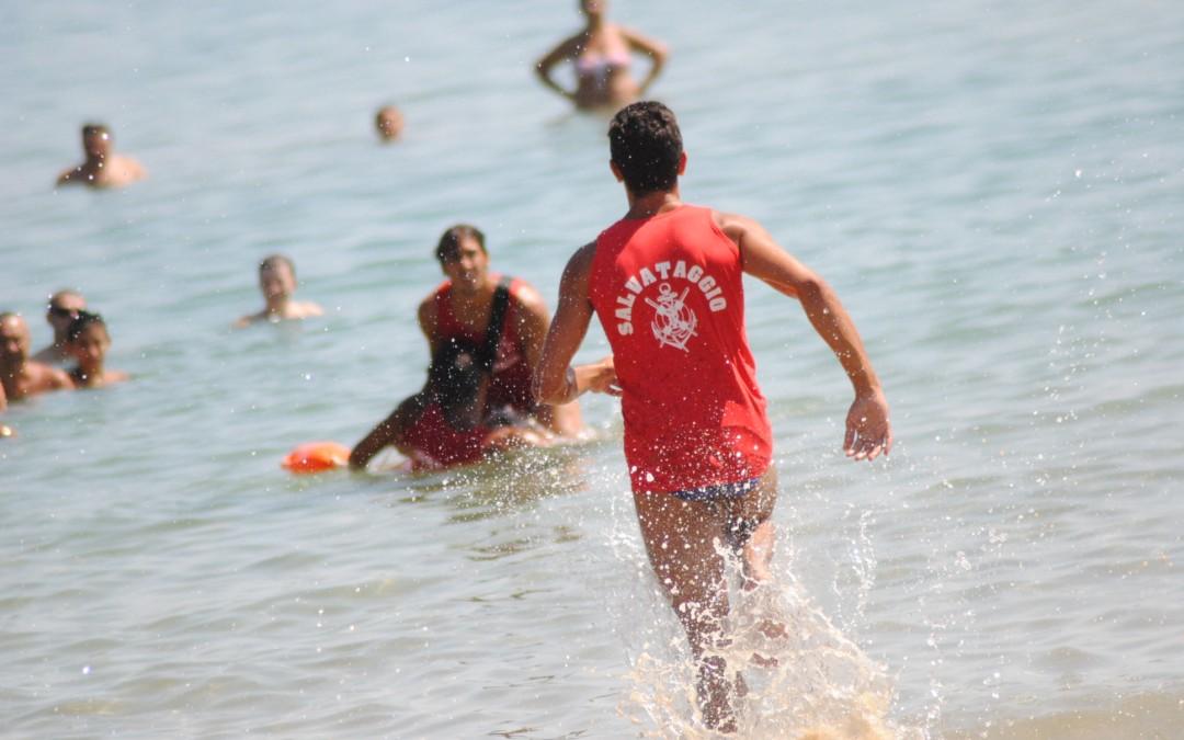 Attaccata da decine di meduse, pallavolista salvata da bagnini$