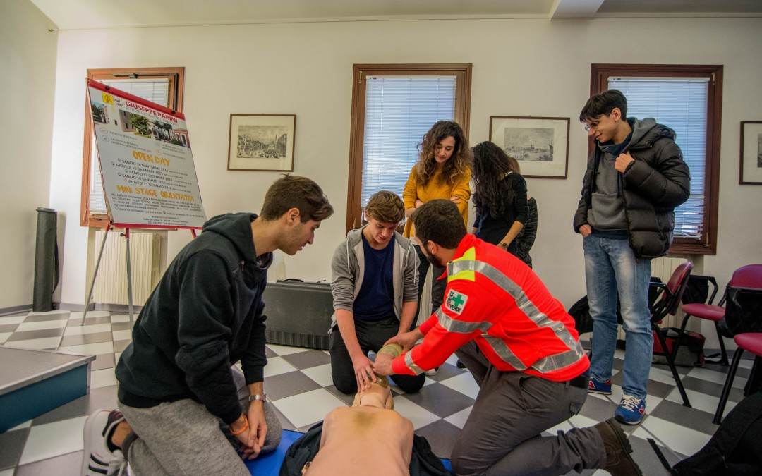 Photogallery Croce Verde: how to save a life