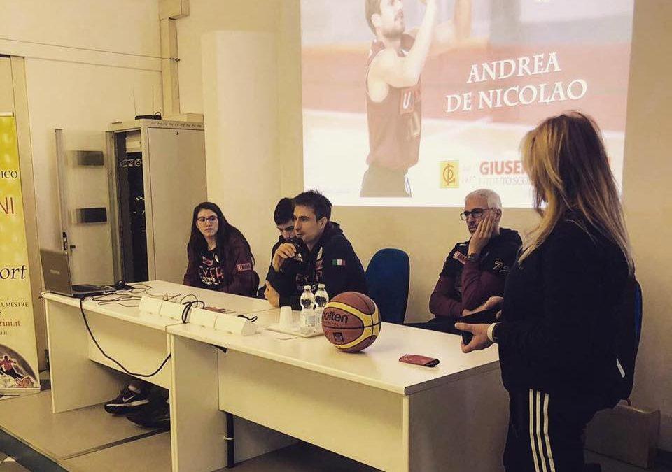 Andrea De Nicolao con i nostri studenti